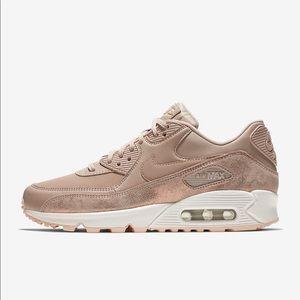Nike air max rose gold